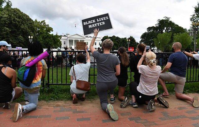 人種差別抗議デモ #BlackLivesMatterってどんな意味?